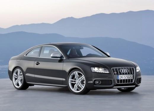 Allestimento S-Line per la coupè tedesca Audi A5 - Foto 4 di 5