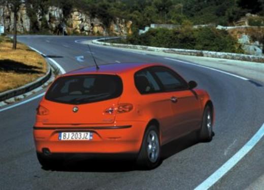 Alfa Romeo 147 1.9 JTD 16V Multijet: Test Drive - Foto 2 di 4