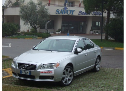 Volvo S80 D5 – Long Test Drive - Foto 15 di 21