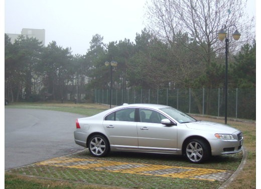 Volvo S80 D5 – Long Test Drive - Foto 16 di 21