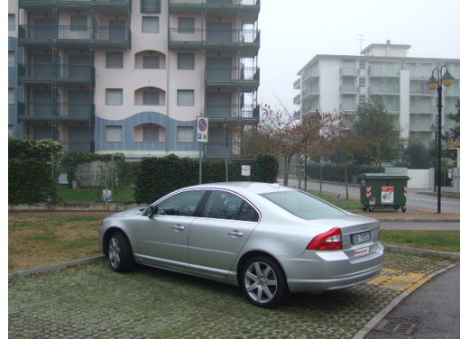 Volvo S80 D5 – Long Test Drive - Foto 19 di 21