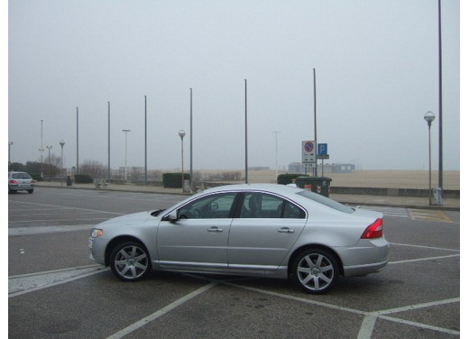 Volvo S80 D5 – Long Test Drive - Foto 3 di 21