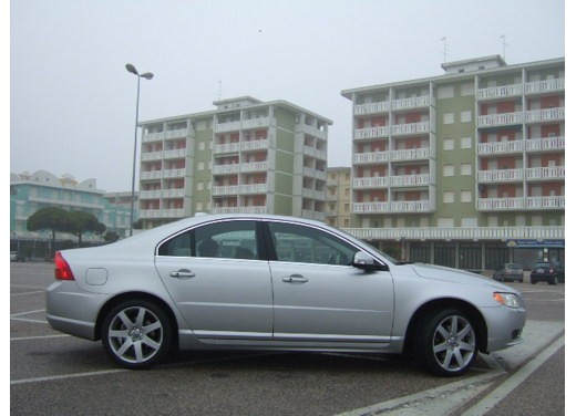Volvo S80 D5 – Long Test Drive - Foto 8 di 21