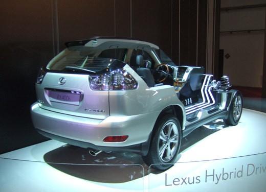 Lexus al Salone di Barcellona 2007 - Foto 8 di 10