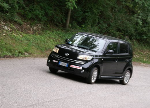 Daihatsu Materia vs Lancia Y Sport MomoDesign - Foto 30 di 31