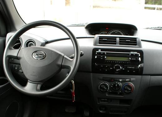 Fiat nuova 500 Vs Daihatsu Materia - Foto 29 di 31