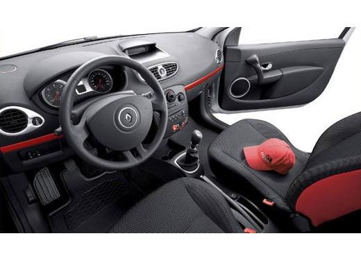 Renault Clio Rip Curl – Test Drive - Foto 7 di 10