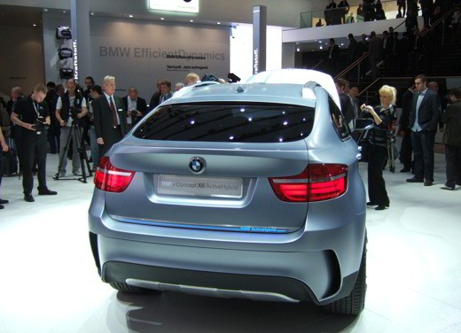 BMW Concept X6 ActiveHybrid - Foto 4 di 6