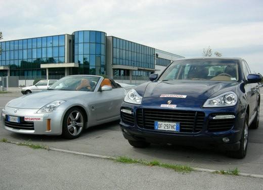 Porsche Cayenne & Nissan 350Z - Foto 11 di 21