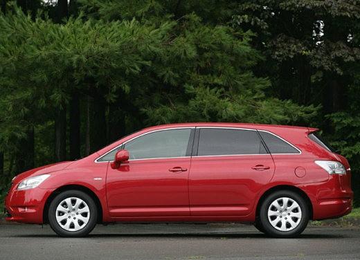 Ultimissime: Toyota Mark X Zio - Foto 5 di 8
