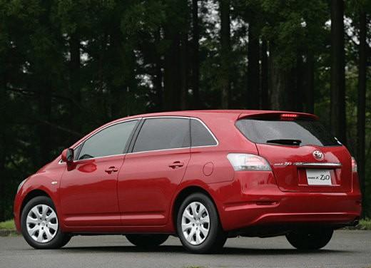 Ultimissime: Toyota Mark X Zio - Foto 6 di 8