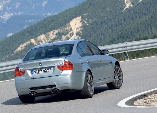 Ultimissime: BMW M3 Berlina - Foto 10 di 17