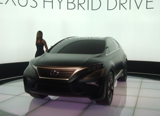 Lexus LF-Xh hybrid Concept - Foto 6 di 10