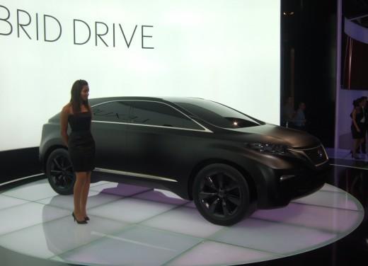 Lexus LF-Xh hybrid Concept - Foto 8 di 10