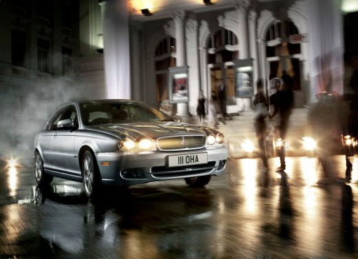 Ultimissime: Jaguar X-Type Facelift - Foto 7 di 12