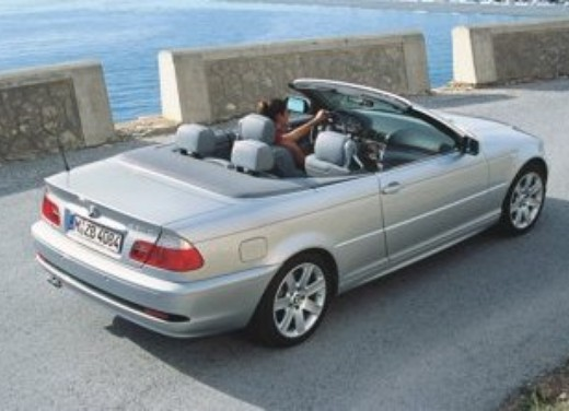 BMW 330Cd Coupé e Cabrio - Foto 6 di 7
