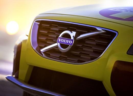 Volvo XC70 Surf Rescue Concept - Foto 13 di 16