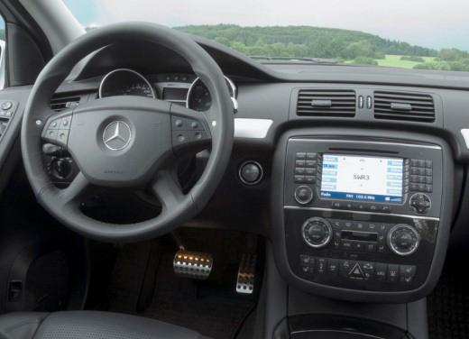 Mercedes nuova Classe R Test - Foto 10 di 11