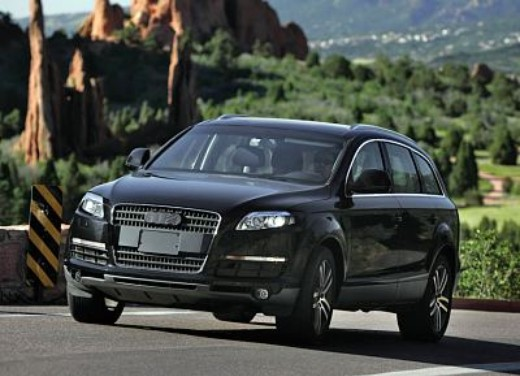 Audi Q7 - Foto 12 di 26