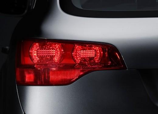 Audi Q7 - Foto 3 di 26