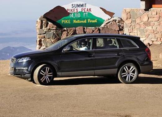 Audi Q7 - Foto 17 di 26