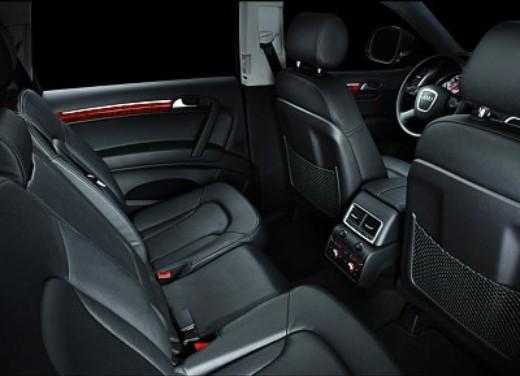 Audi Q7 - Foto 21 di 26