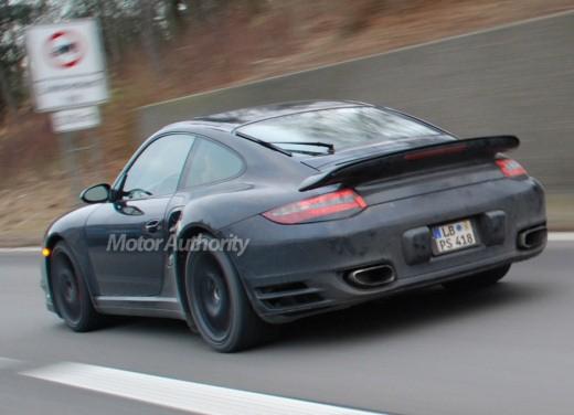 Ultimissime: Porsche 911 Turbo Facelift
