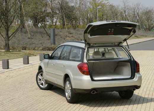 Subaru Outback 3.0 – Long Test Drive - Foto 27 di 28