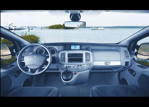 Renault Trafic - Foto 2 di 4