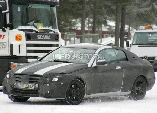 Mercedes nuova CLK – Spy - Foto 4 di 9