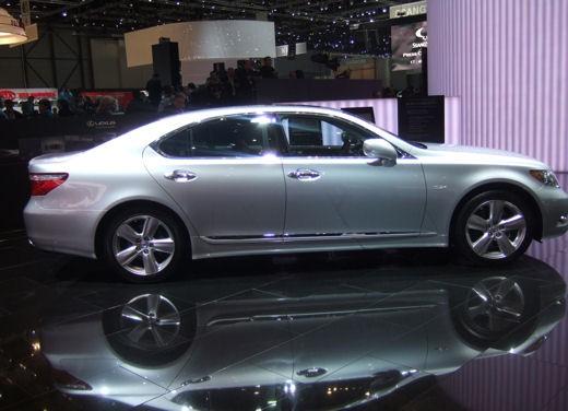 Lexus al Salone di Ginevra 2008 - Foto 12 di 18