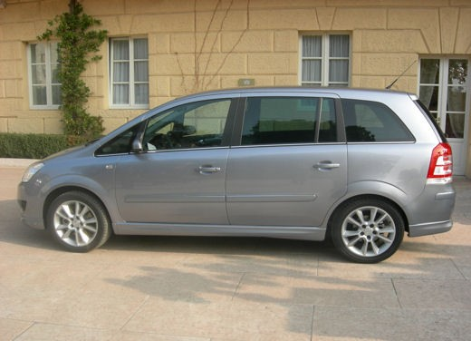 Opel Zafira facelift – test drive - Foto 1 di 26