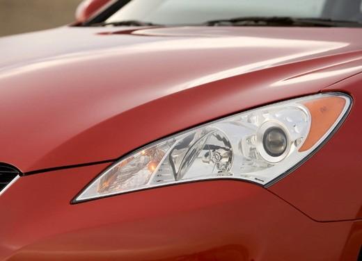 Hyundai Coupe Genesis - Foto 11 di 12