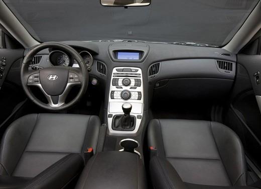 Hyundai Coupe Genesis - Foto 1 di 12
