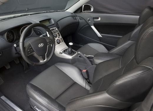 Hyundai Coupe Genesis - Foto 2 di 12