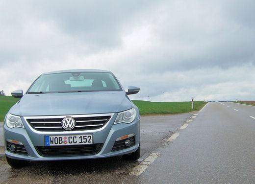 Volkswagen Passat CC – Test Drive - Foto 1 di 61
