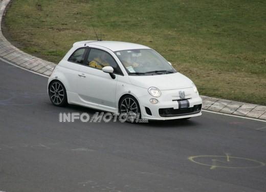 Nuova Fiat 500 Abarth – spy - Foto 9 di 40