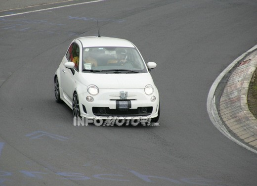 Nuova Fiat 500 Abarth – spy - Foto 10 di 40