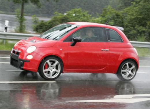 Nuova Fiat 500 Abarth – spy - Foto 21 di 40