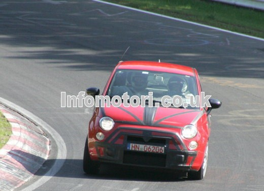 Nuova Fiat 500 Abarth – spy - Foto 24 di 40