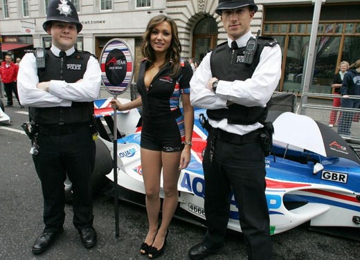 A1GP Regent Street Grid Girls - Foto 7 di 30