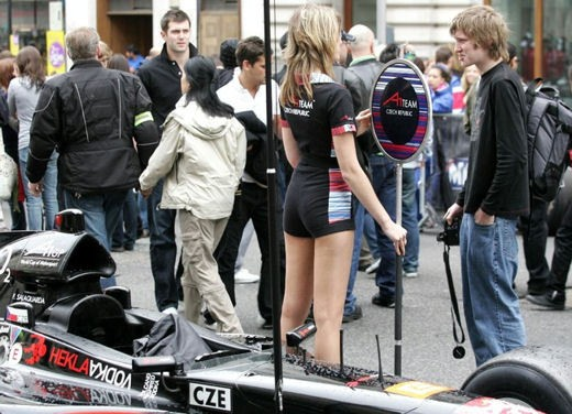 A1GP Regent Street Grid Girls - Foto 19 di 30