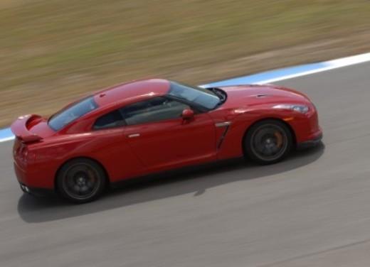 Nissan GT-R – Test Drive - Foto 20 di 54