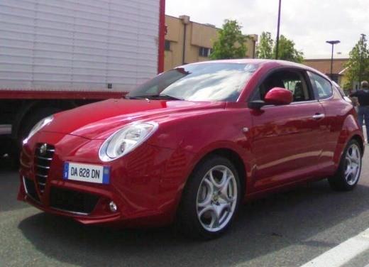 Alfa Romeo Mito su strada - Foto 1 di 14