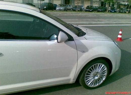 Alfa Romeo Mito su strada - Foto 14 di 14