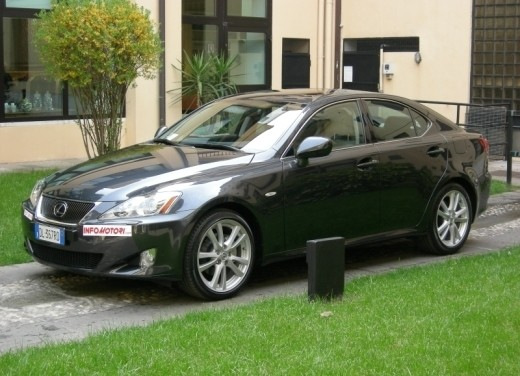 Lexus IS250 – Long Test Drive - Foto 5 di 41