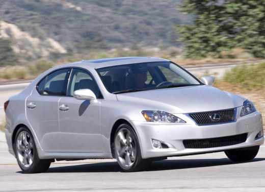 Lexus IS250 – Long Test Drive - Foto 40 di 41