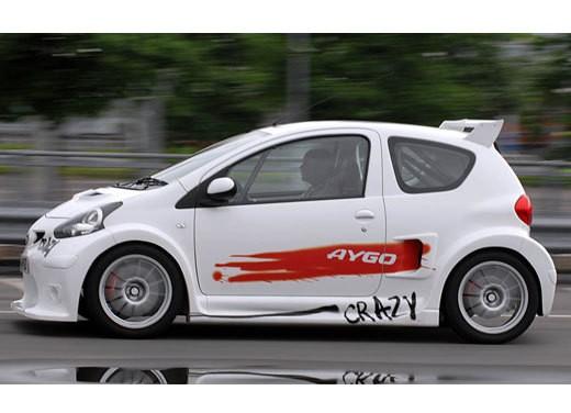 Toyota Yaris Crazy - Foto 15 di 17