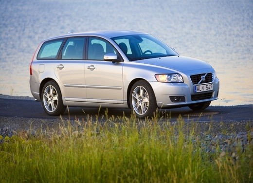Volvo V50 Powershift – Test Drive - Foto 6 di 17
