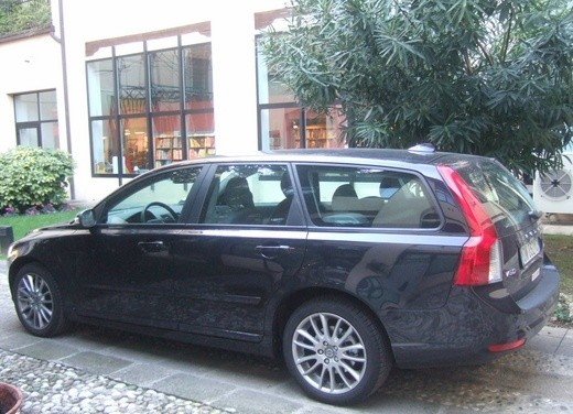 Volvo V50 Powershift – Test Drive - Foto 9 di 17
